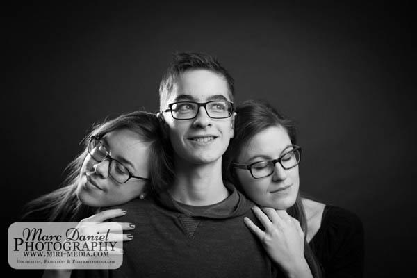 0286_GeschwisterfotoshootingVicyPfeil2015_MarcDanielPhotography-2