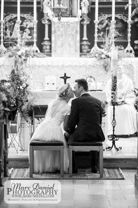 1759_KathrinUndGregor_Hochzeitsfotograf-Linz_MarcDanielPhotography-2
