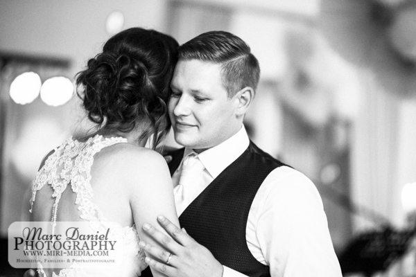 2241_Hochzeit_HeidiUndRene_6Juni2016_MarcDanielPhotography-2