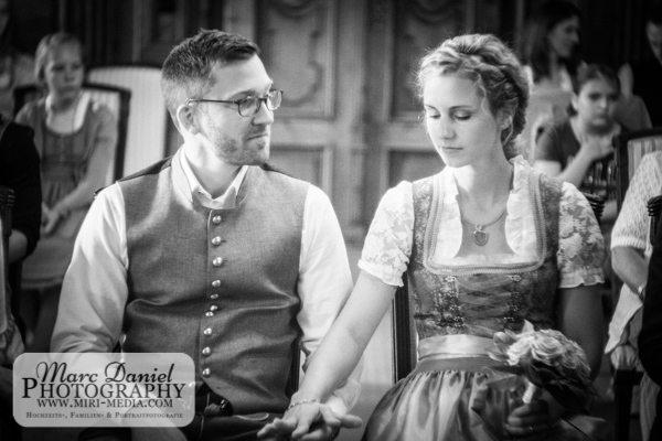 00757_ChrissiUndMax_15u16Juli2016_Hochzeitsfotograf_MarcDanielMuehlberger-2